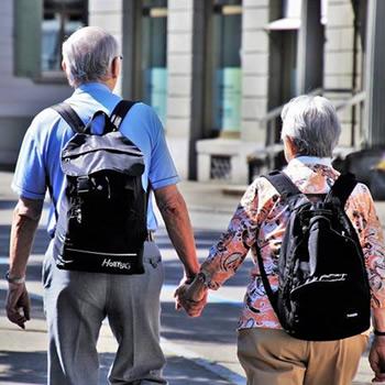 blog-3-seniors-couple
